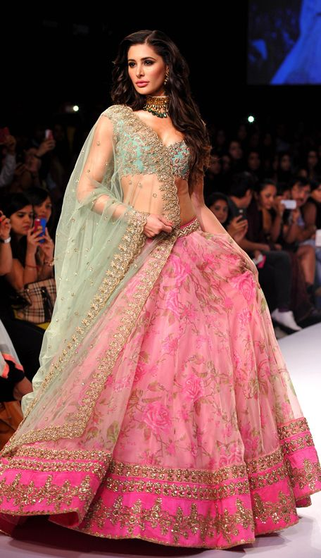 nargis fakhri for designer anushree reddy